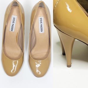 STEVE MADDEN PUMPS.